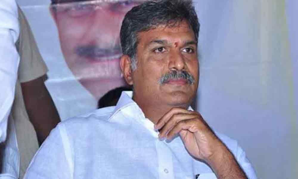 Kesineni Nani threatens to quit party if Naidu fails to control MLC Venkanna
