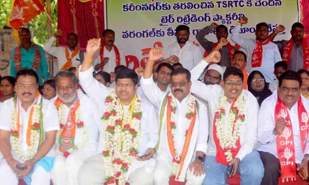 Opposition launches relay hunger strike in Hanamkonda