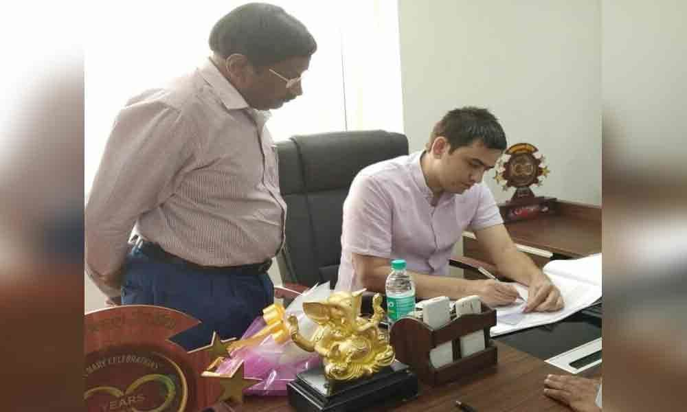 Commissioner takes charge as special officer of Aryapuram bank