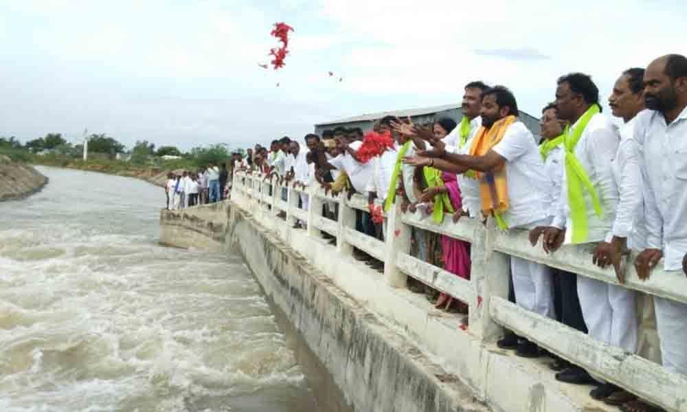 Mahbubnagar: Water released into Koilsagar