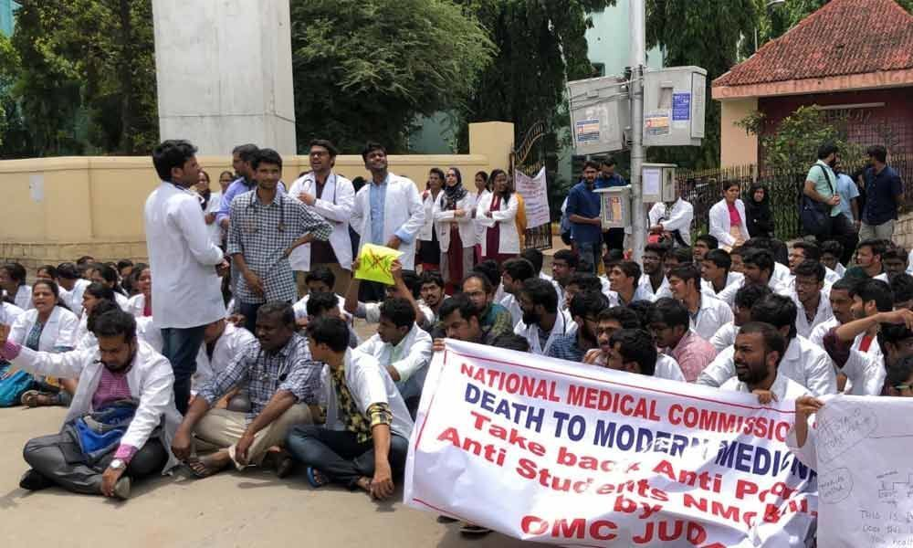 Osmania junior doctors stage a sit-in dharna