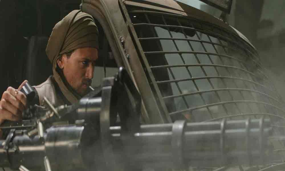 Tiger Shroff wields powerful machine gun