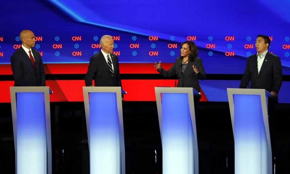 US Democratic presidential hopefuls call for humane immigration policy