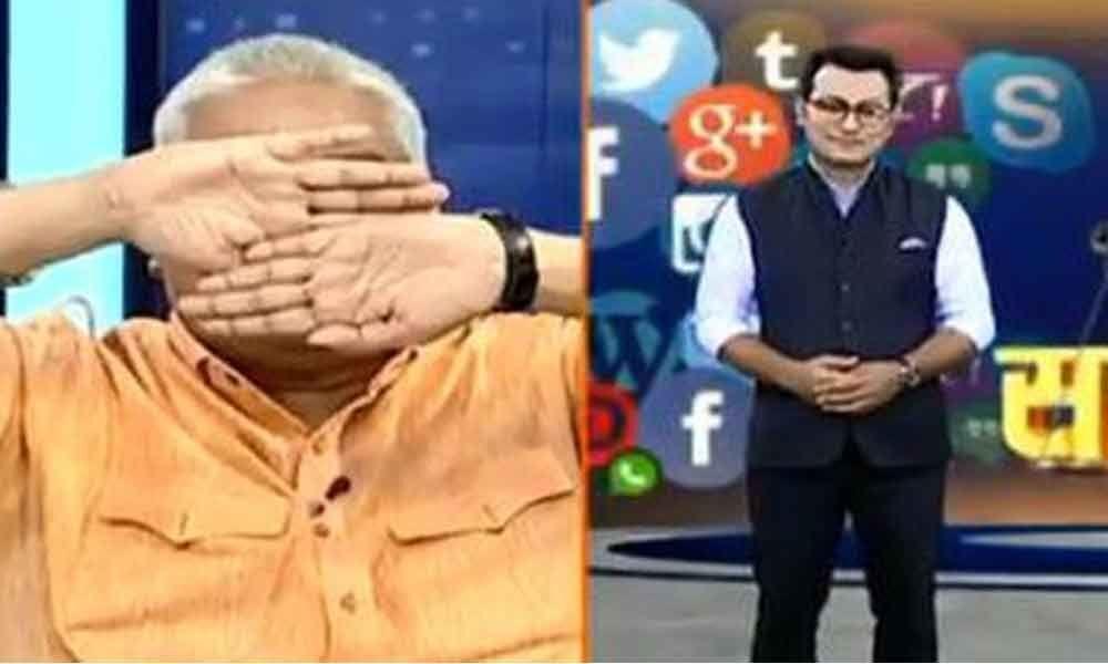 Zomato Debacle : Hindu panelist covers his eyes on seeing Muslim TV host