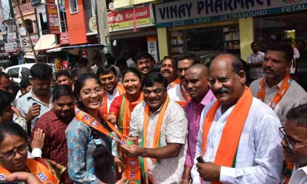 Modi factor is key in membership drive: Babu Mohan
