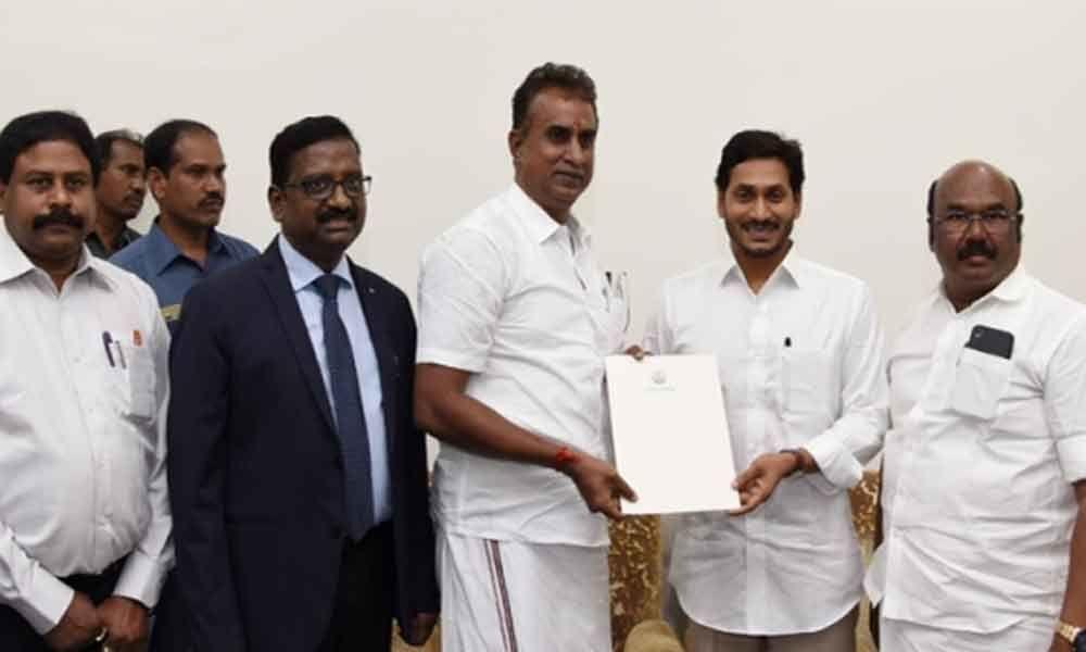 Tamil Nadu Ministers team meets CM YS Jagan