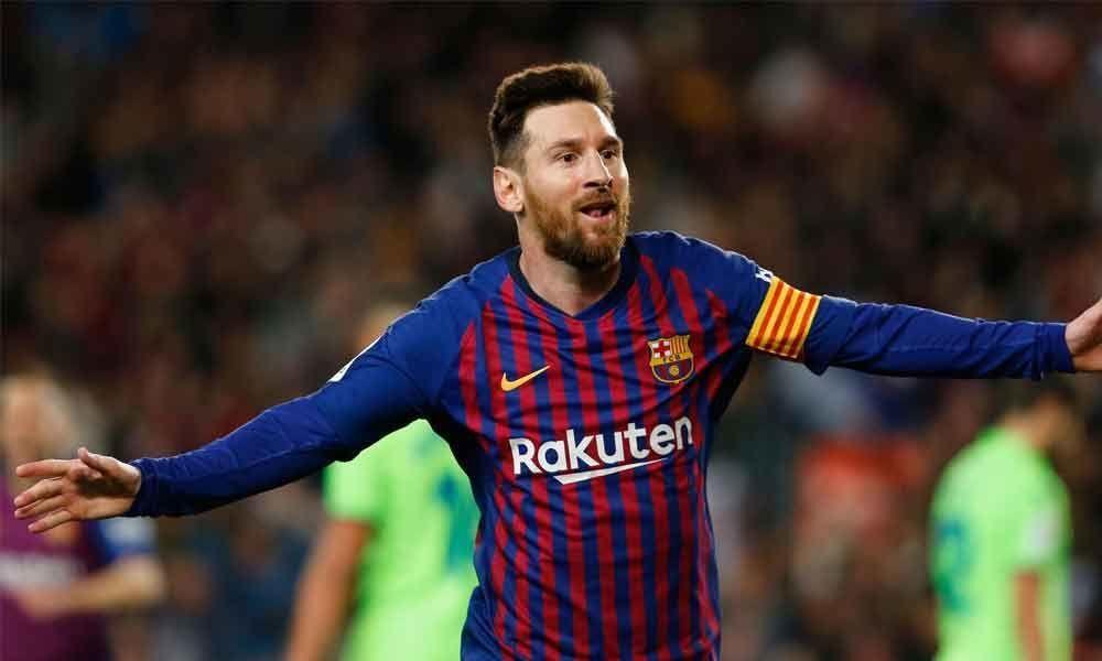Messi beats Ronaldo to UEFA