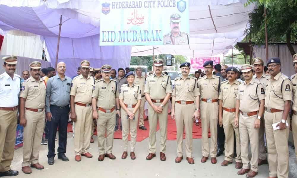 Cops ensure foolproof security for Bakrid