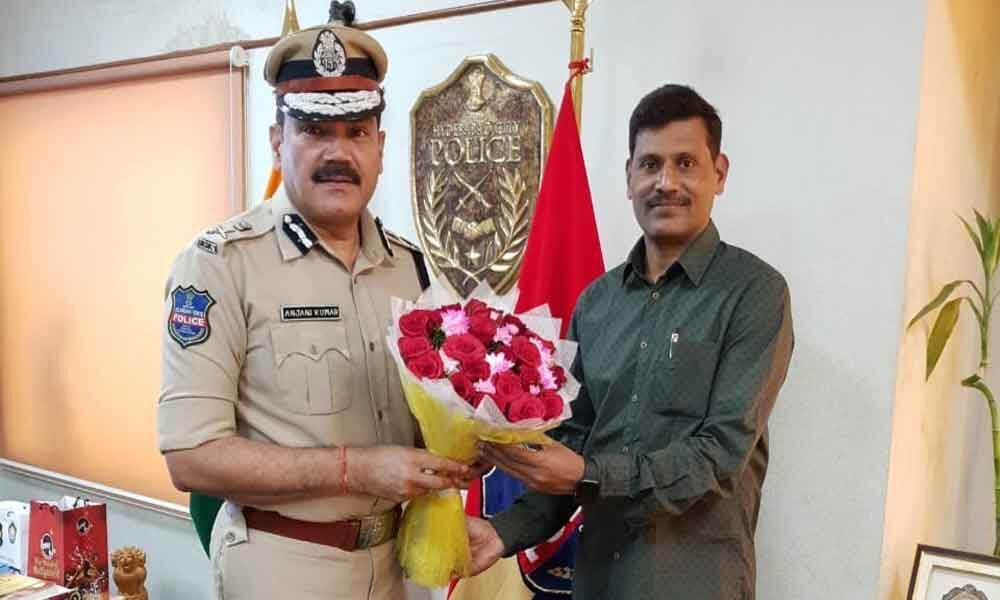Commissioner fetes ACP on getting medal