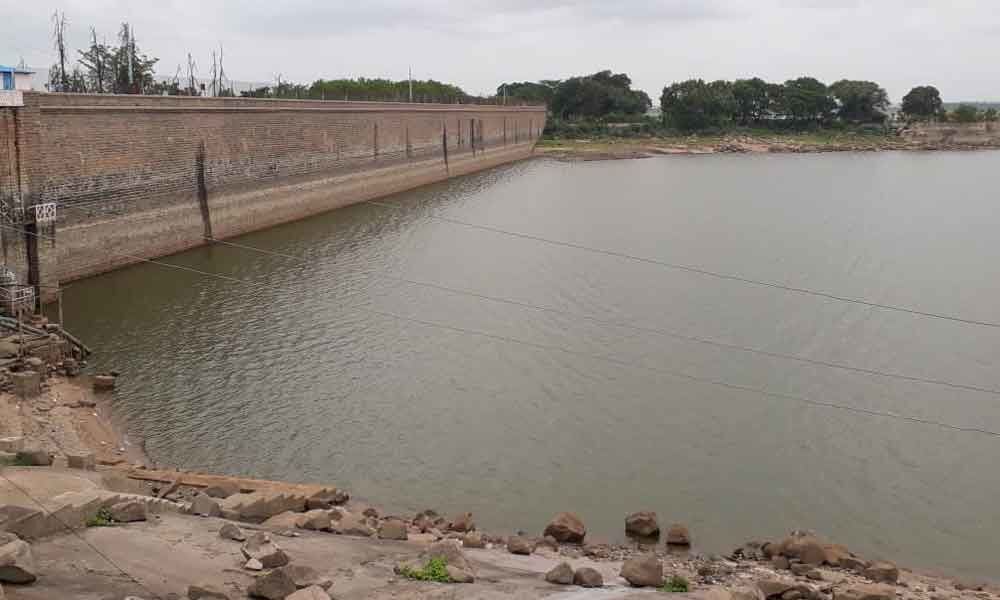 Osman Sagar levels near rock bottom