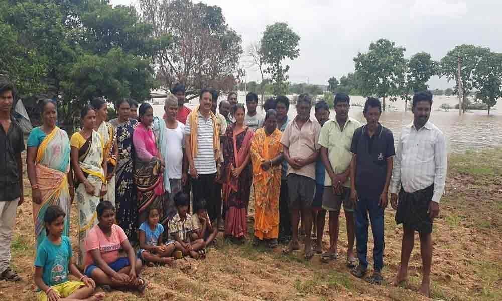 Flood-ravaged fishermen, farmers seek government help