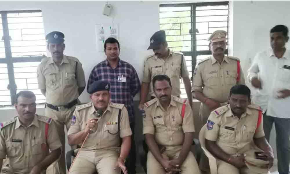 Cops nab thief with help of CCTV footage in Kamareddy