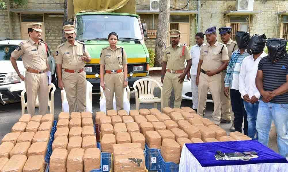 Ganja worth 30 lakh seized in Kurnool