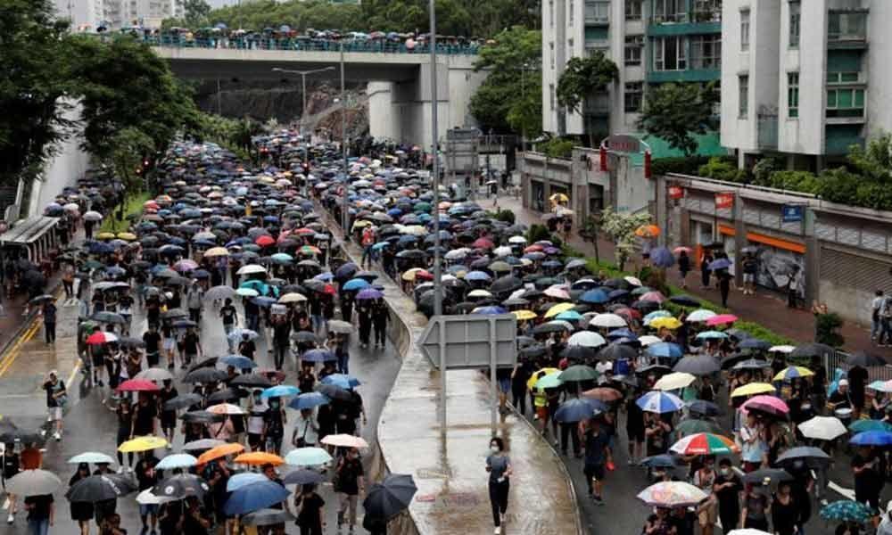 Hong Kong protesters kick off new weekend of rallies