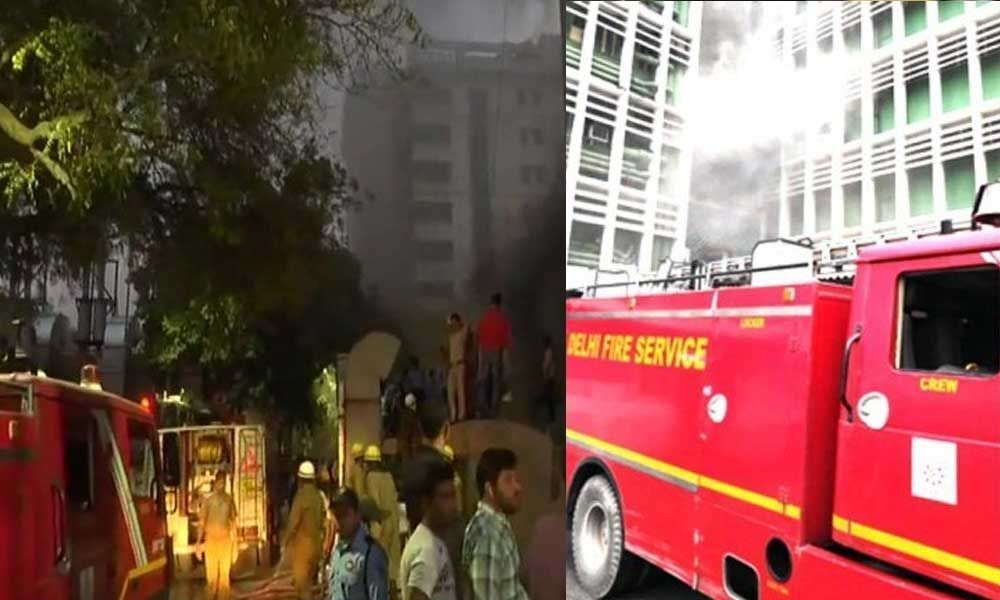 Fire breaks out and engulfs building at AIIMS with flames