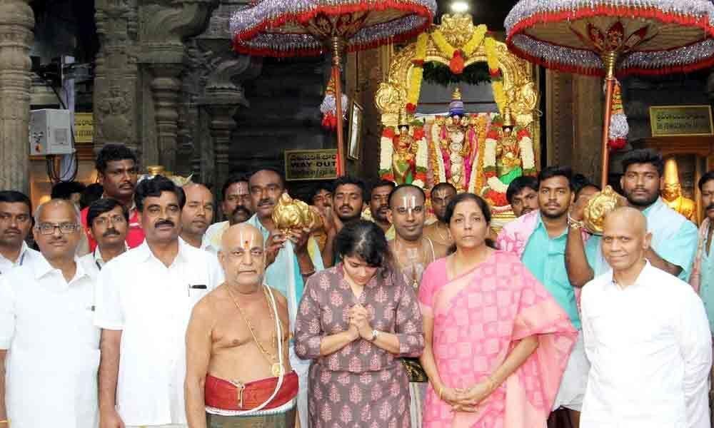 Union Ministers Nirmala, Shekhawat worship Lord Balaji