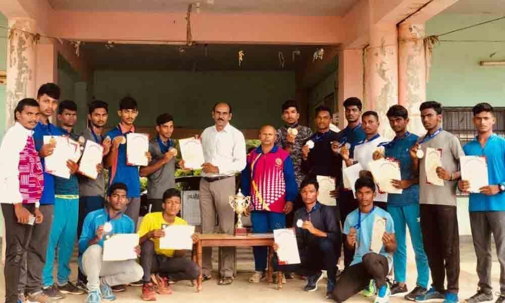 Winners of State-level Junior Athletics Championship felicitated in Khammam