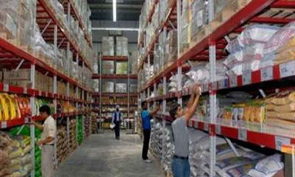 One held for stealing at Reliance Fresh