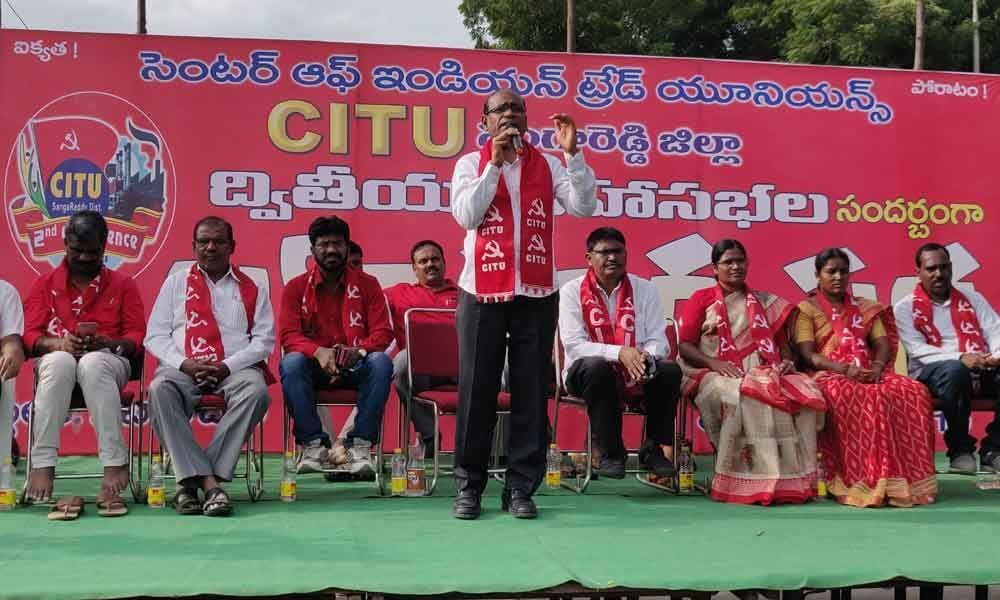Centre flayed over bid to amend labour laws