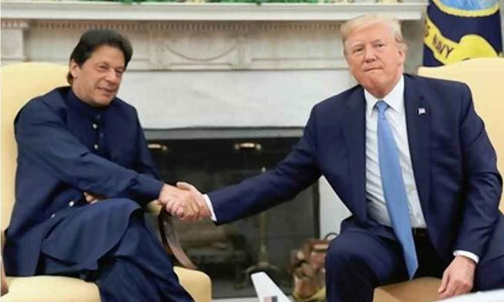 Moderate rhetoric with India: Trump tells Imran Khan after phone call with Modi
