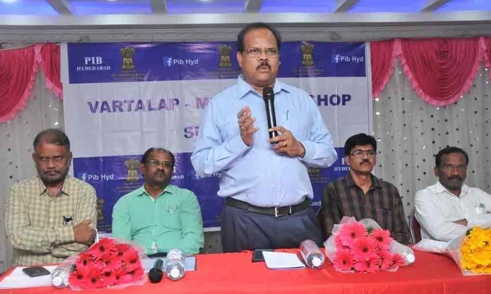 JC calls on journalists to enhance skills