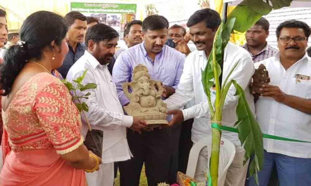Suryapet sanctions 10 L for making of clay Ganesha idols