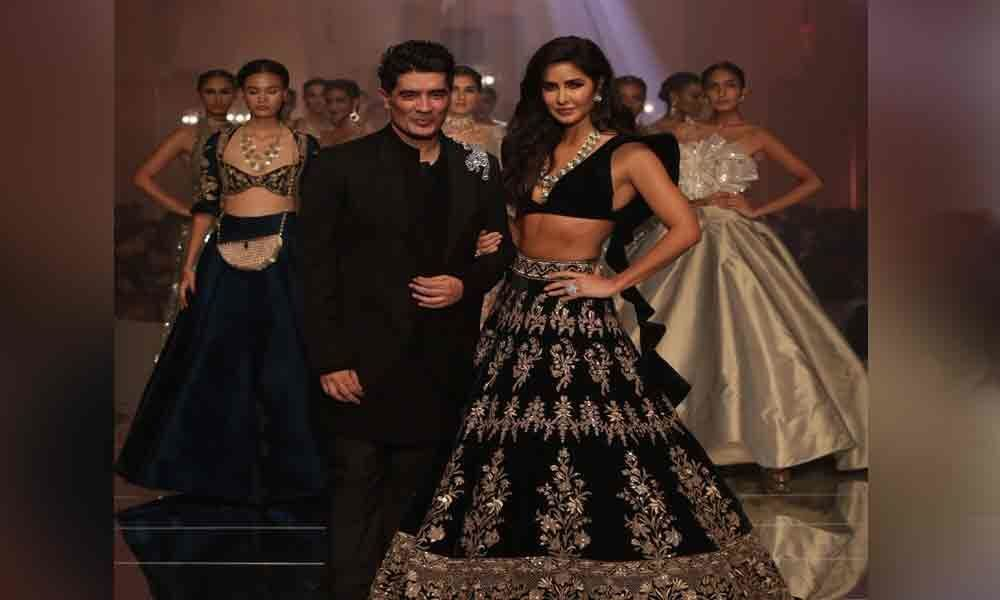 Manish Malhotra opens Lakme Fashion Week Winter/Festive