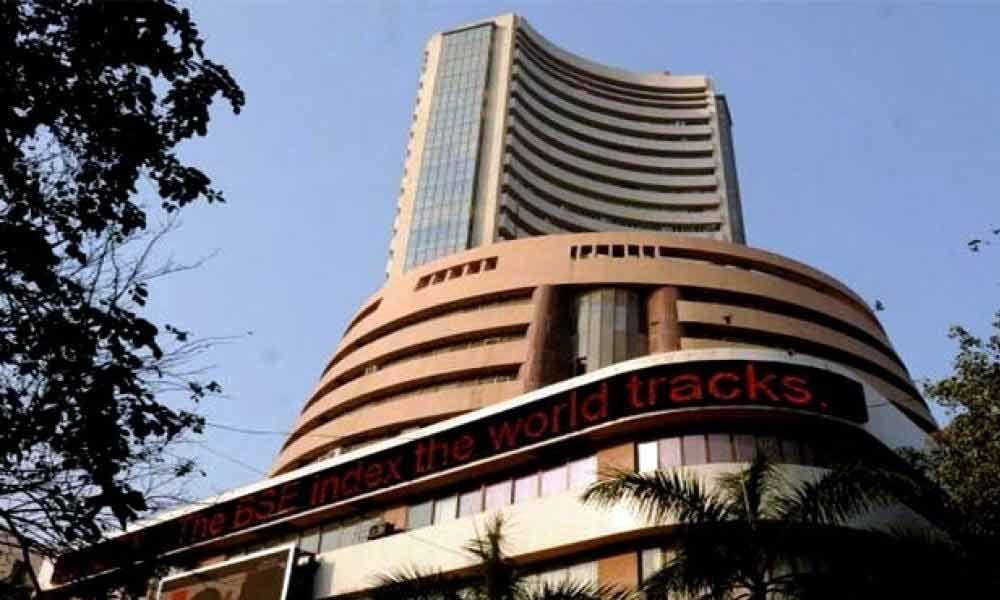 Sensex tanks 587 pts, as stimulus hopes fade