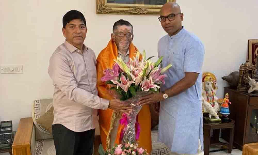 Nizamabad: Develop ESI hospital, MP Arvind asks Union Minister Gangwar
