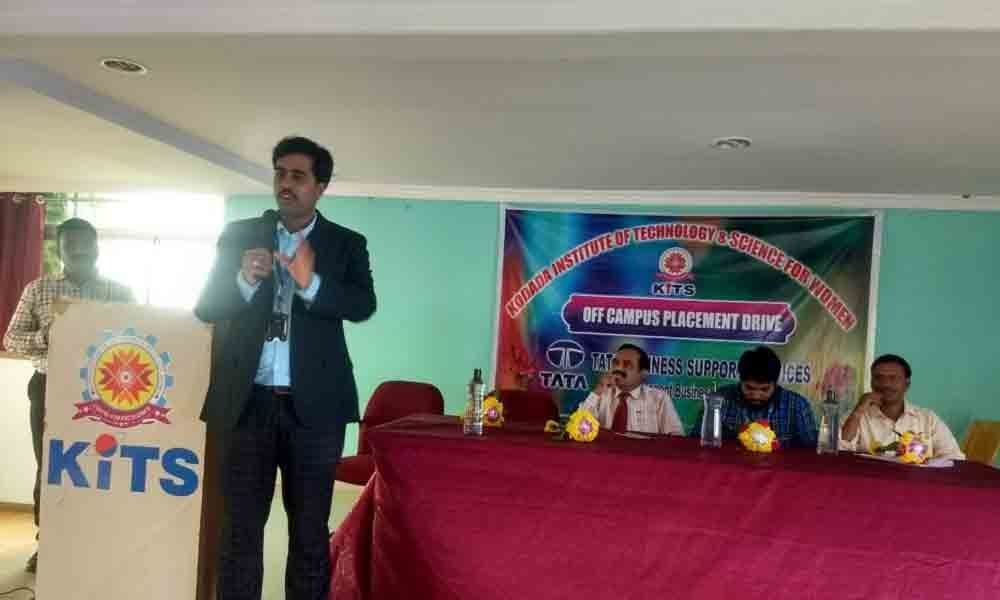 17 KITS students bag jobs during campus selections in Suryapet