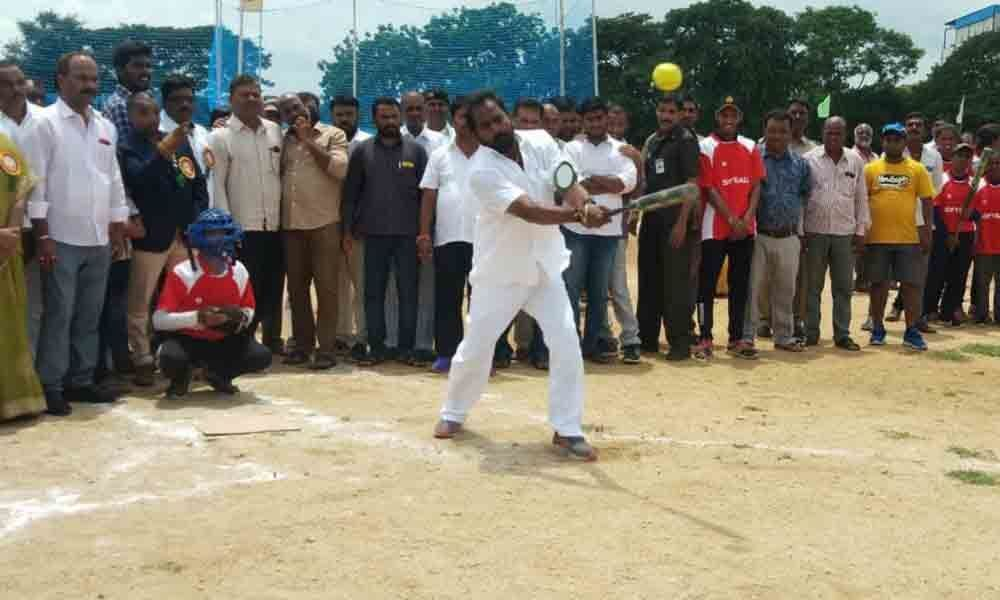 6th Inter-district Softball Championship begins in Mahbubnagar