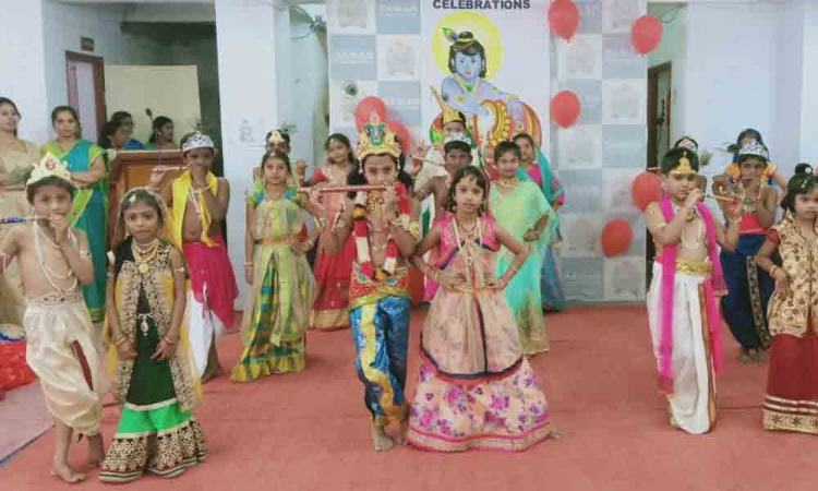 Tiny tots celebrate Janmashtami in Warangal