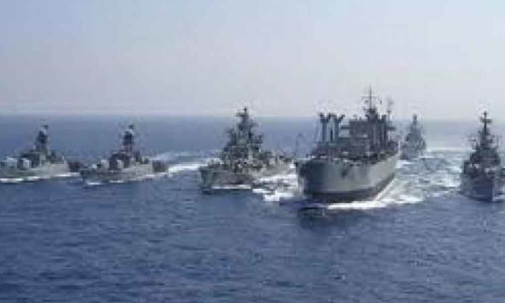 US warship sails through Taiwan Strait amid trade tension with China