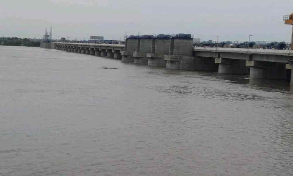 Pulichintala Project brims with floodwater