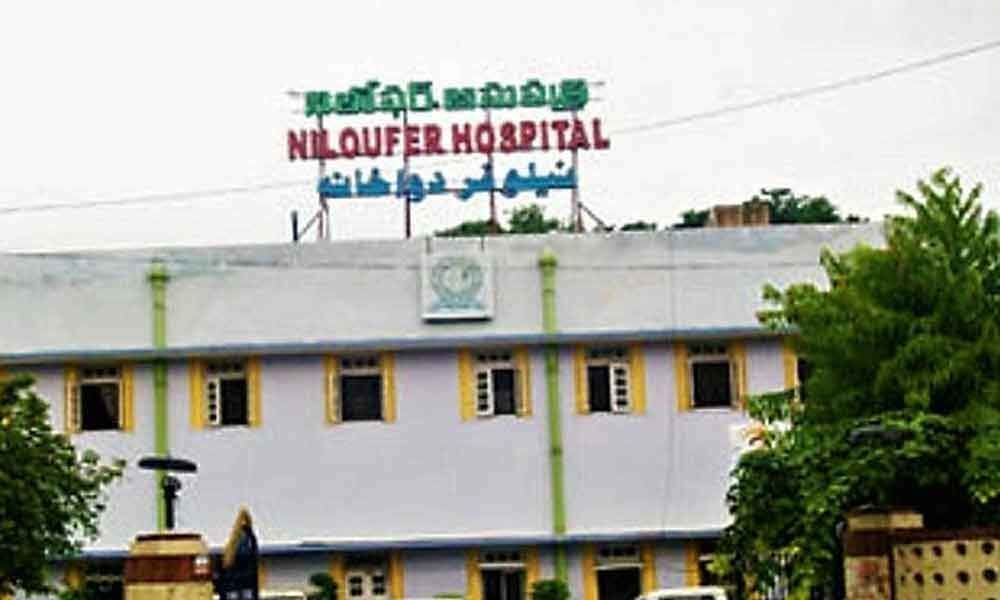 Junior doctors attacked in Niloufer hospital