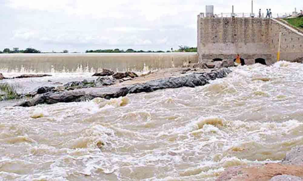 Pumping of water into RDS canal stalled as heavy inflows into Thummilla continue