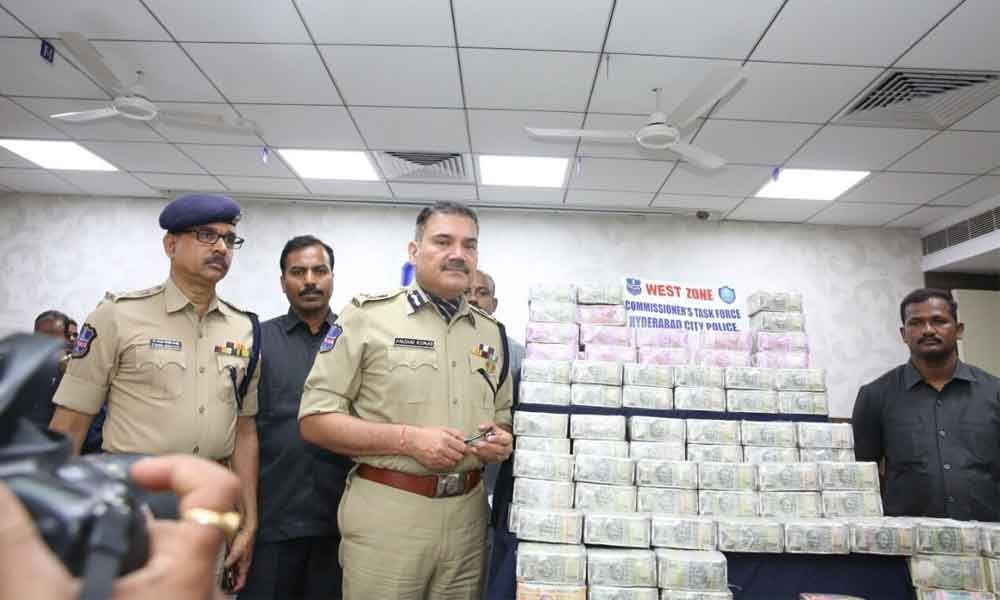 Hawala racket busted; Rs 5 crore cash seized
