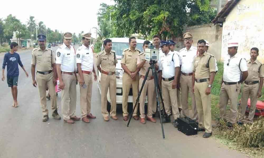 Speed limit violators penalised
