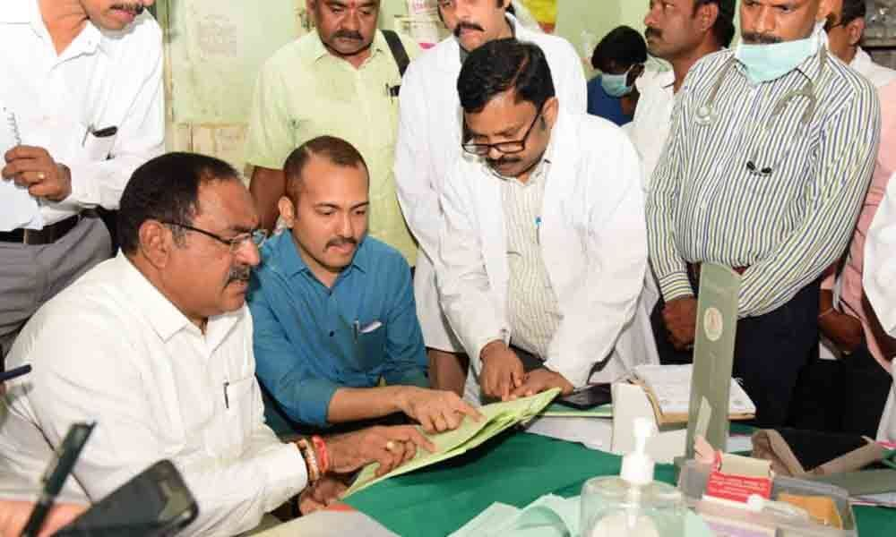 Doctors draw flak from Minister in Warangal