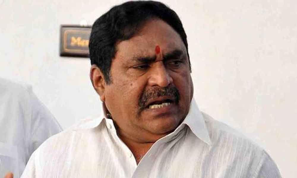 Doctors draw flak from Minister Errabelli Dayakar Rao