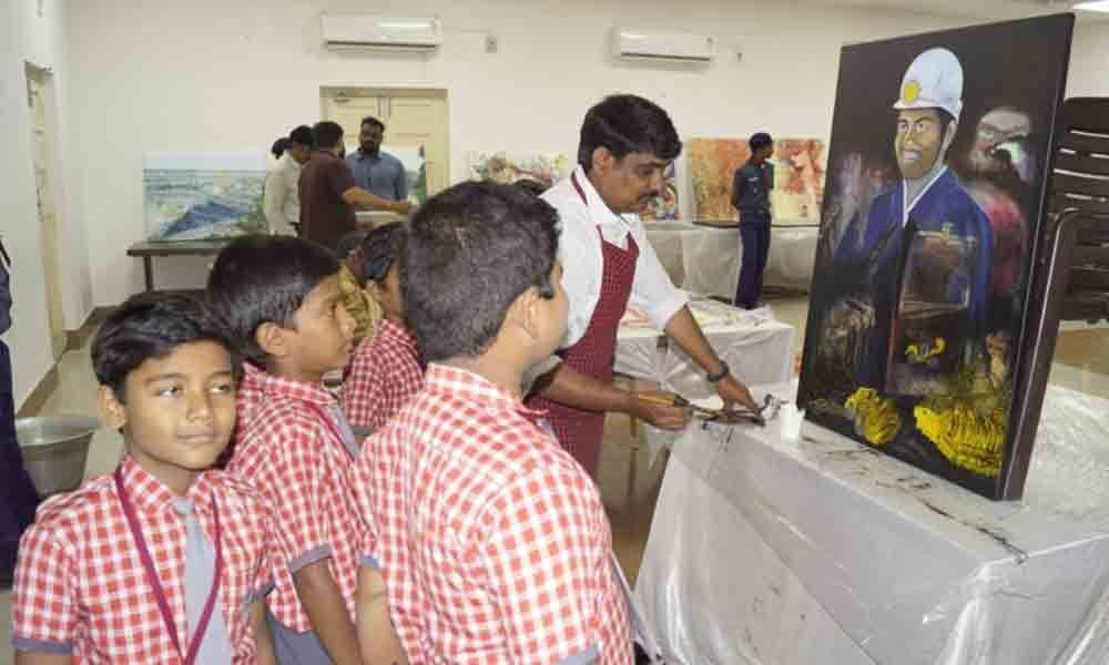 SCCL art expo witnesses huge rush on 3rd day in Kothagudem