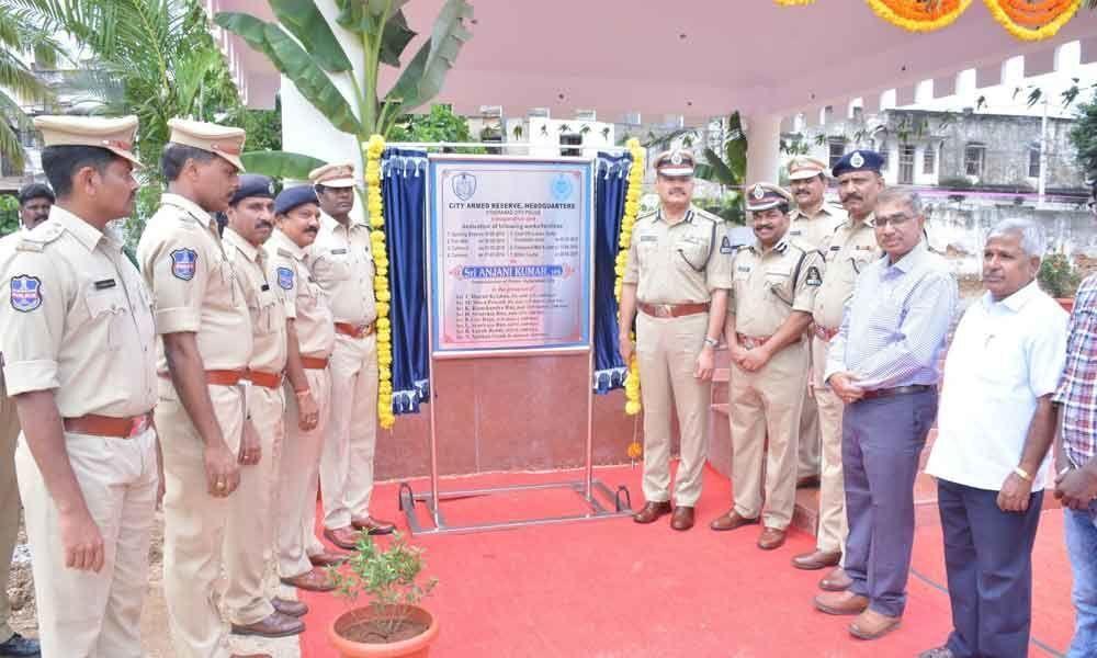 City CP Anjani Kumar inaugurates facilities at CAR Headquarters
