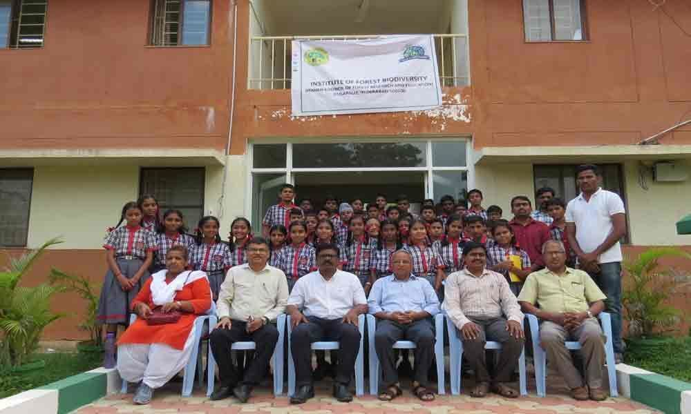 IFB scientists hold interactive session with 50 KV students