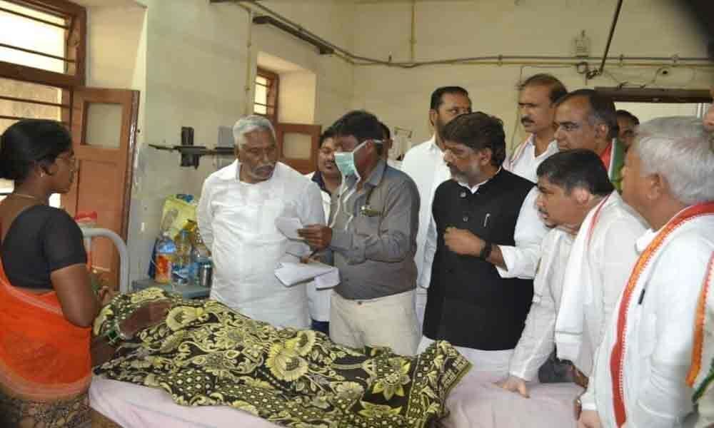 Not even minimum facilities in Karimnagar hospital: Bhatti Vikramarka