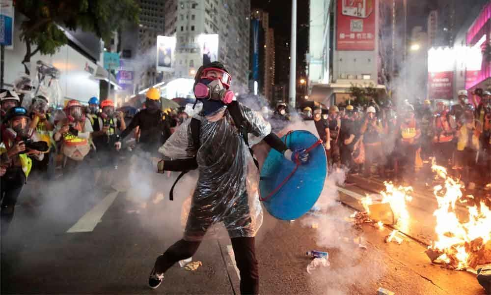 Fire, tear gas & petrol bombs create chaos in Hong Kong