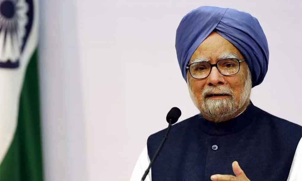 Slowdown, government apathy affecting economy: Manmohan Singh