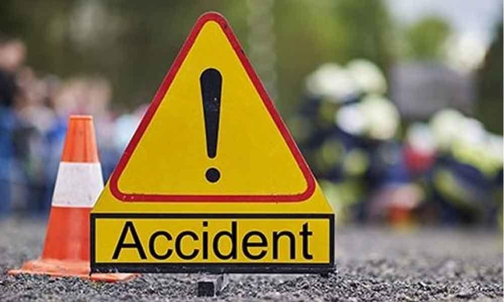 4 hurt in TSRTC bus and auto-rickshaw collision in Bhongir