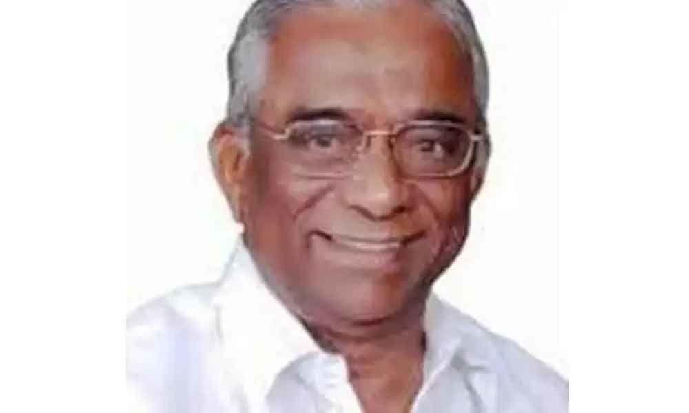 TRS leader, former minister Cheruku Muthyam Reddy passes away
