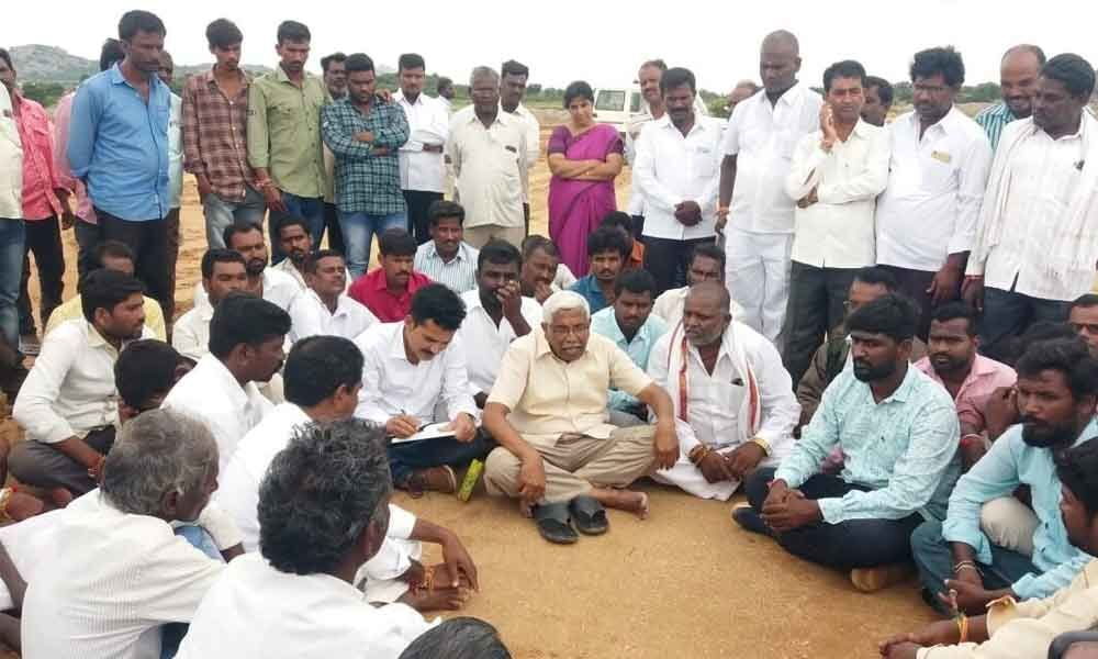 Kodandaram demands fair compensation for Baswapur oustees
