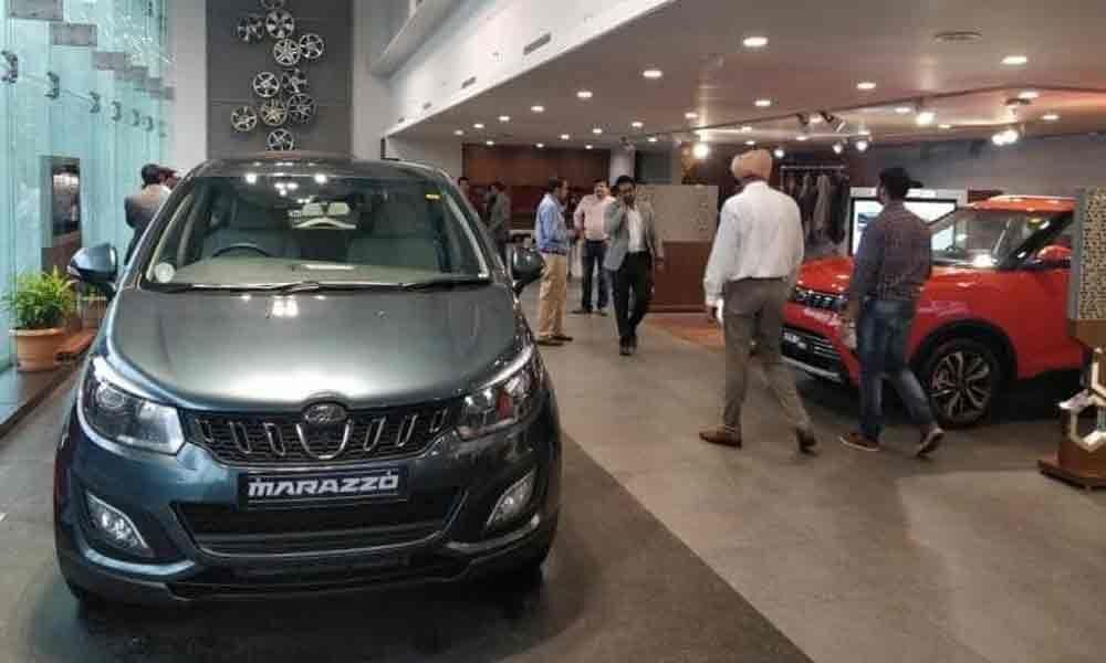 Automakers await festive season